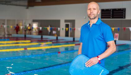 Pirmasis Palangos baseino plaukimo treneris