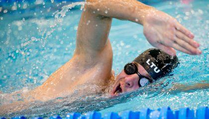 Skelbiame registraciją į grupines suaugusiųjų plaukimo pamokas