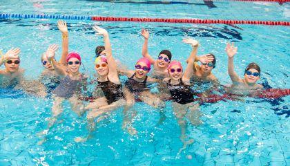 Skelbiame registraciją į vaikų plaukimo pamokas